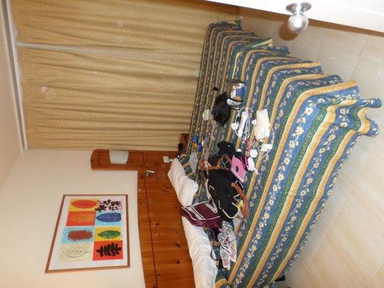 THB Tropical Island: Bedroom