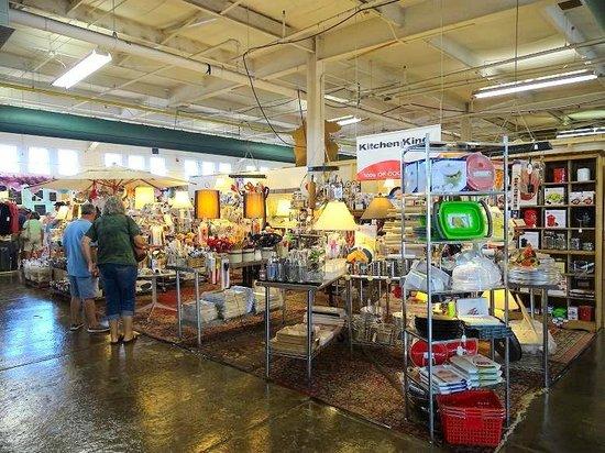 Outdoor vendors picture of raleigh flea market raleigh