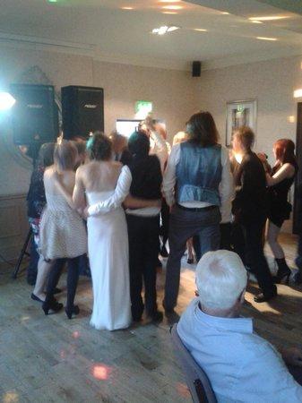 Golden Fleece Hotel: Dancing in the large function room.