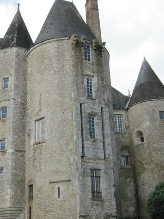 Château de Meung sur Loire : façade moyennageuse