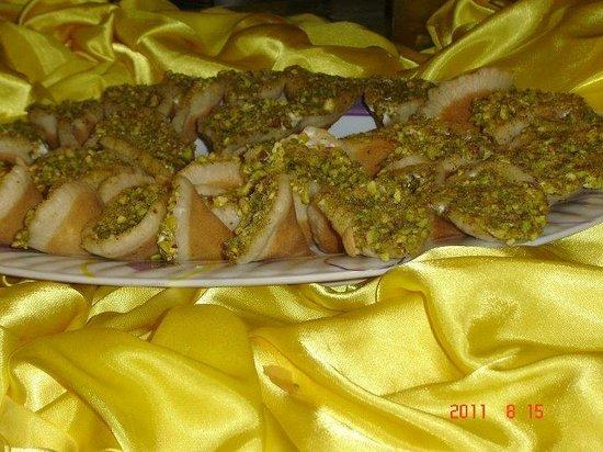 Al-Arabi Restaurant: Asafeeri Qataief