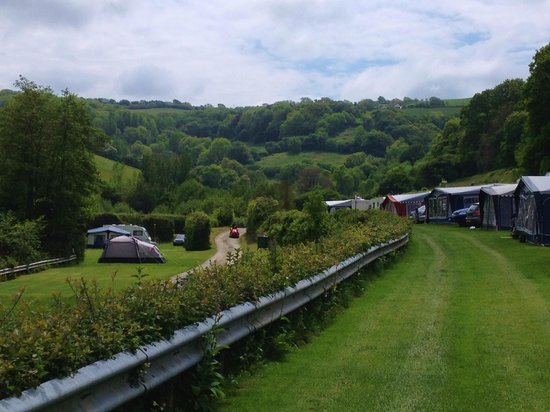 Newberry Valley Caravan & Camping Park: campsite