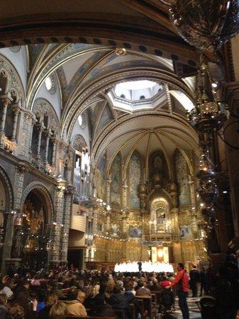 Barcelona Turisme - Afternoon in Montserrat Tour : Church