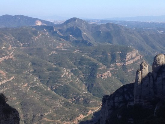 Barcelona Turisme - Afternoon in Montserrat Tour : View