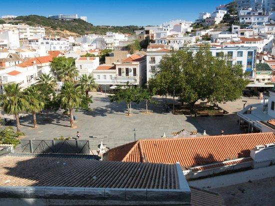 Vila Gale Cerro Alagoa: Old Town Main Square