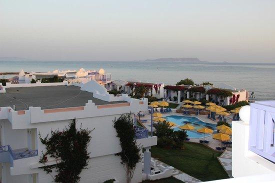 Serita Beach Hotel: Вид из номера