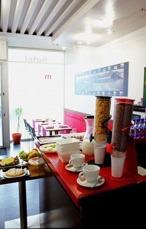 Hotel Punta Monpas: Desayunos