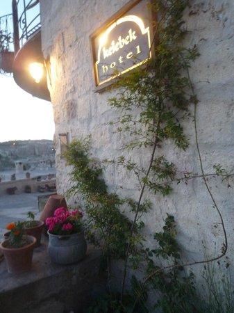 Kelebek Special Cave Hotel: flowers everywhere