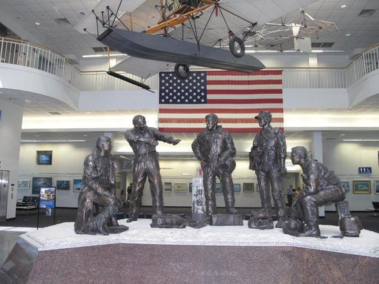 National Naval Aviation Museum: Entrance