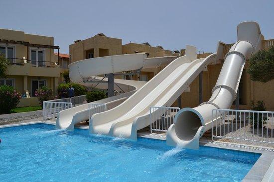 Smartline Vasia Village: They call it the aqua park, its 3 slides