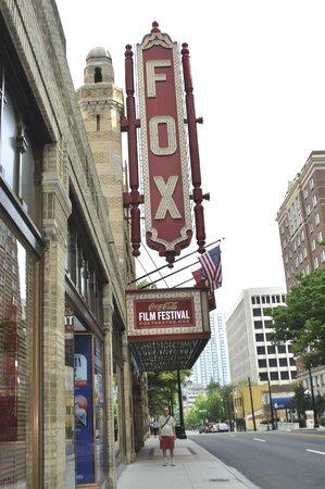 Fox Theatre: The entrance to the theatre