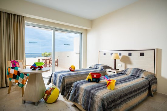 Blue Marine Resort & Spa : Family Sea View