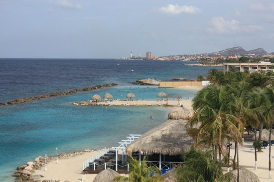 Sunscape Curacao Resort Spa & Casino: The beach and view