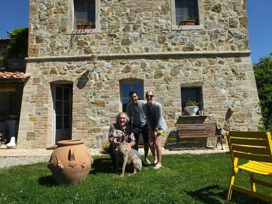 La Grencaia Bed & Breakfast: The host with the most and us!