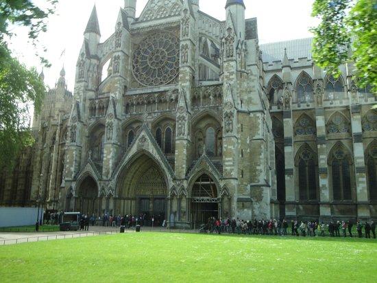 St. George's Chapel: Caílla de San Jorge junto al Castillo de Windsor