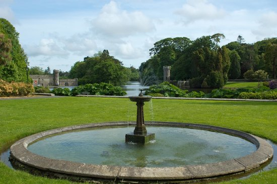 Irish Agricultural Museum & Johnstown Castle Gardens: Water feature
