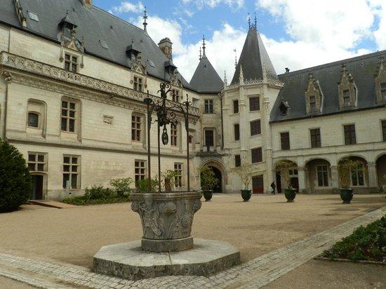 Château de Chaumont : cortile