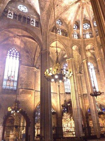 Catedral de Barcelona: inside the church