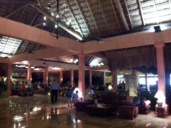 Iberostar Tucan Hotel : Hall d'entrée