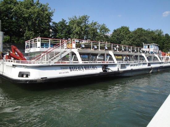 Flota de Bateaux MOuches.