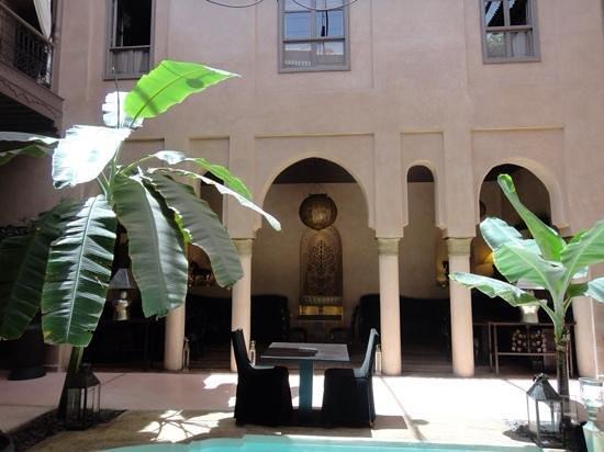 Riad Noir d'Ivoire: Winter Courtyard