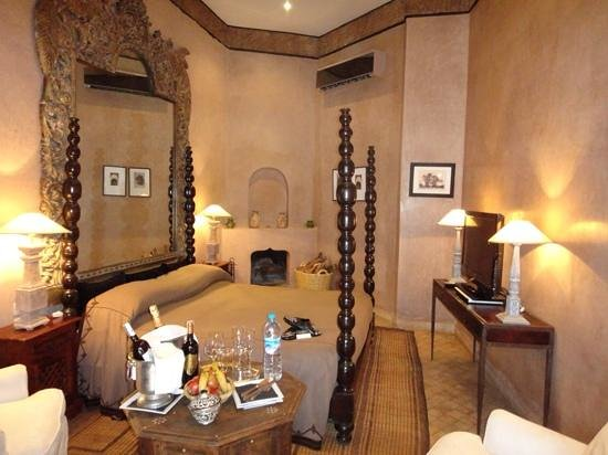 Riad Noir d'Ivoire: bedroom Arae of Guepard Suite