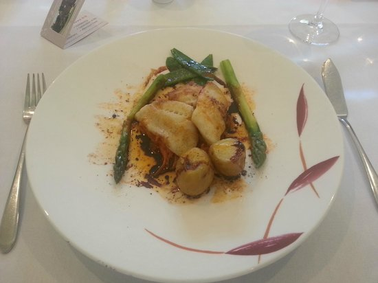 Les Bouviers Restaurant: Seared Plaice fillets.