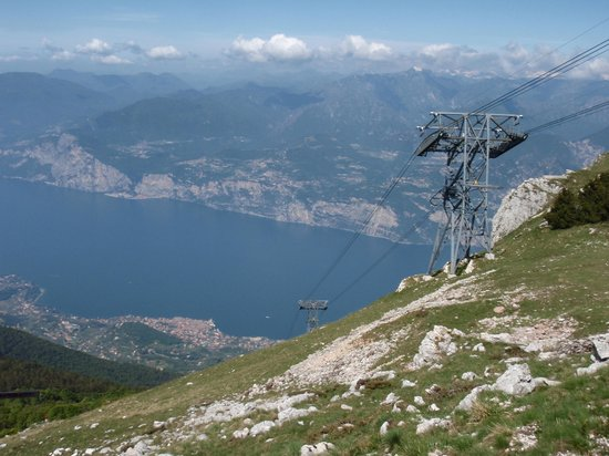 Monte Baldo: We all have our views.