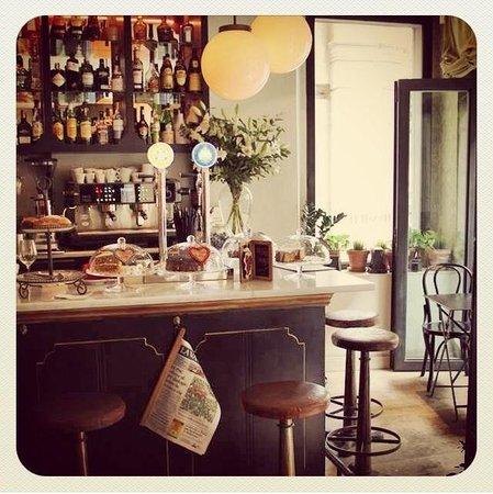 Photo of Modern European Restaurant Elsa y Fred at Carrer Rec Comtal 11, Barcelona 08003, Spain