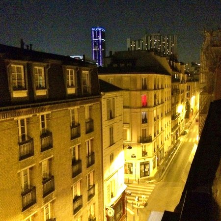 Hotel Apollon Montparnasse: View from top floor at night
