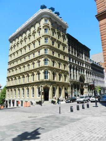 Hôtel Place d'Armes: Hotel Place d'armes