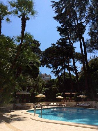 Aldrovandi Villa Borghese : Pool area