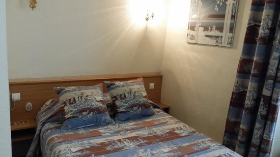 A l'Hotel des Roys : Zimmer 1 Bett