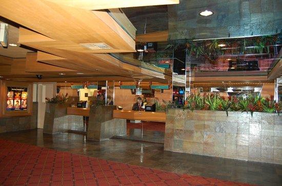 Cactus Petes Resort Casino: Check-in