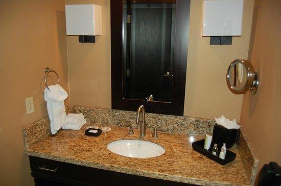 Cactus Petes Resort Casino: Bathroom