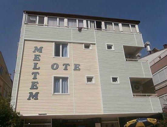 Meltem Hotel: Фасад отеля