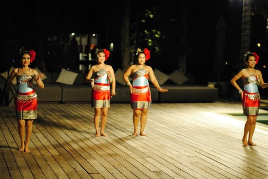 SALA Samui Choengmon Beach Resort: Local culture