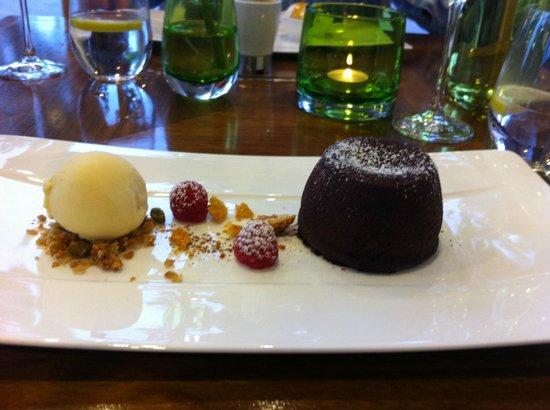 Fonab Castle Hotel Brasserie : Dark Chocolate Fondant.