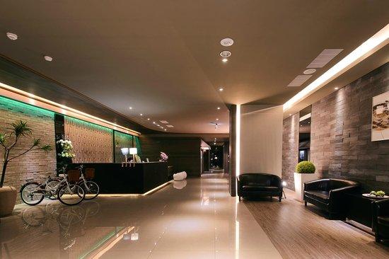 Kiwi Express Hotel - Jiuru Branch: 大廳