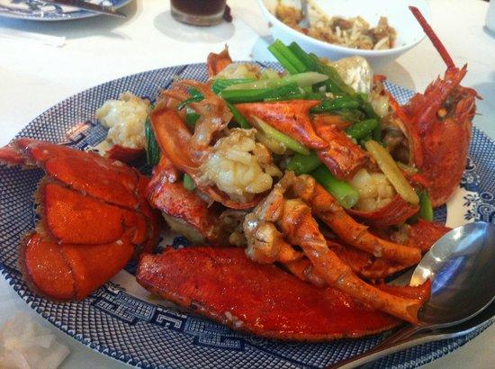 Lunasia Dim Sum House: Tender moist delicious Lobster