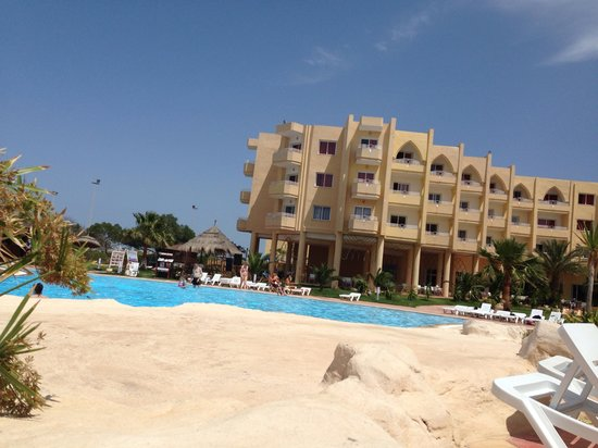 smartline Skanes Serail : The hotel from my poolside lounger :-)
