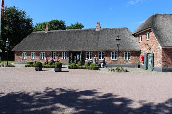 Henne Kirkeby Kro