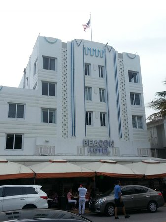 Beacon Hotel : The front of the hotel