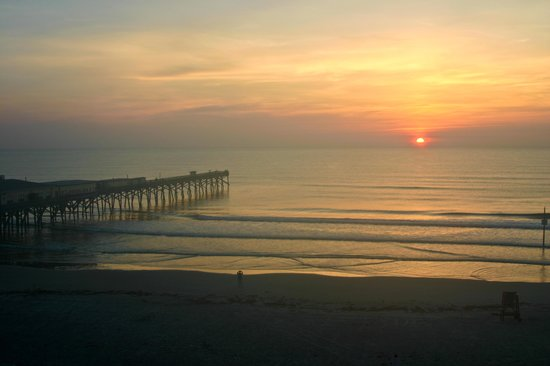 Beach at Daytona Beach: Sunrise
