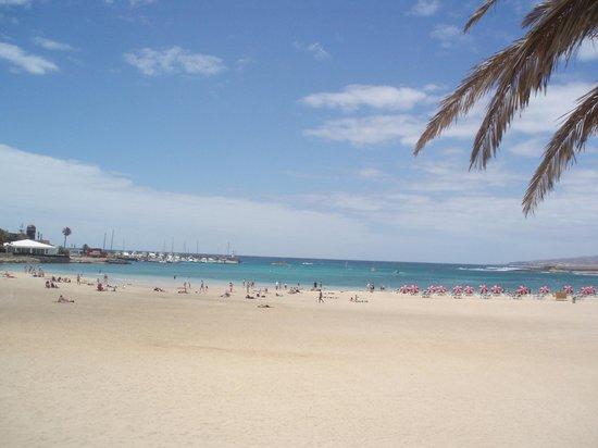 Barcelo Castillo Beach Resort: Caleta de Fuste beach