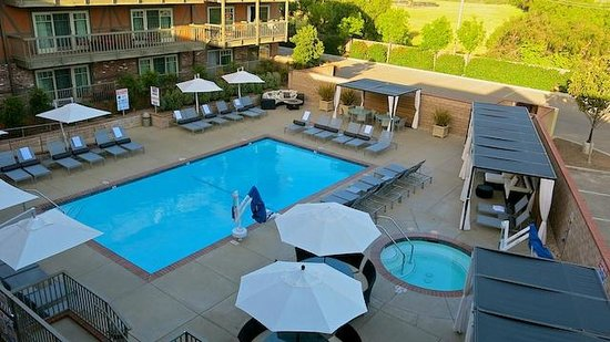 Hotel Corque : Pool area has been recently remodeled and updated.