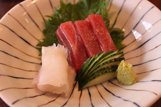 Kura : sashimi de thon et de barbue
