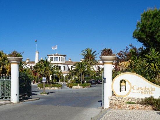 Hotel Casabela: Hoteleingang