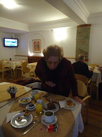 Ayres del Nahuel: desayunando en el hotel con el primer regalo