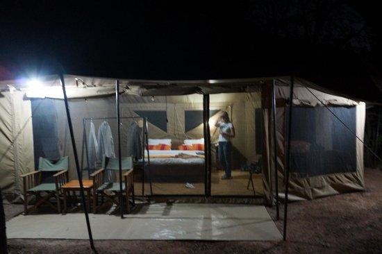 Mbugani Camps Tent Camp: Zelt